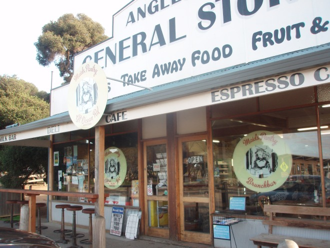 Anglesea General Store - I recommend their breakfasts, ginger and lemon hot toddy and take-home meals such as slow-cooked beef cheeks. Yum!